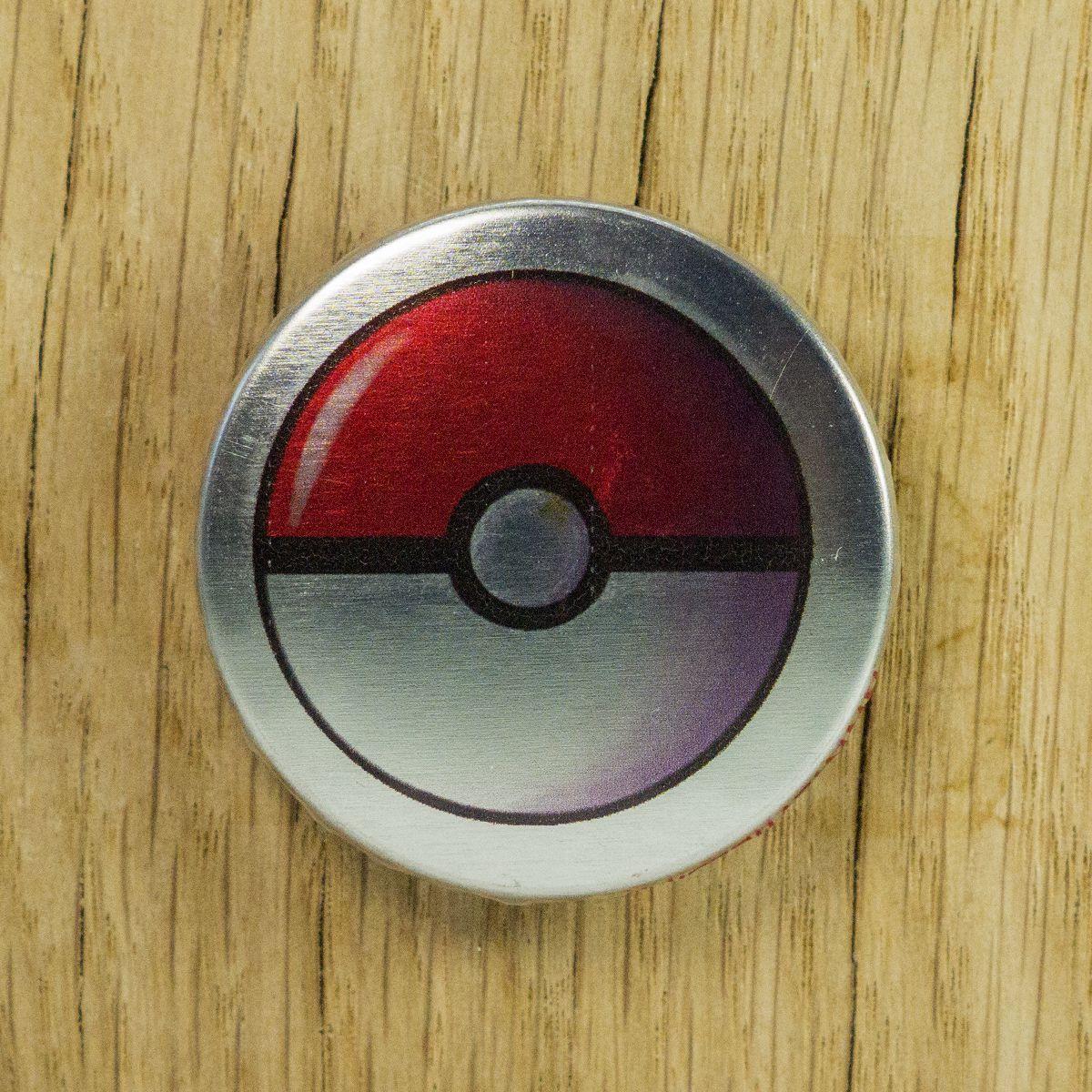 Badge Pokéball métallisé – Pokémon